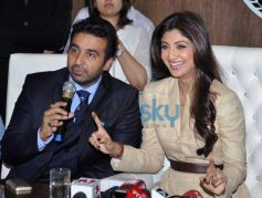 Shilpa Shetty and Raj Kundra at launch of Satyug Gold