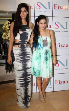 Sonya Mehra at Sonya Vazifdar new collection launch