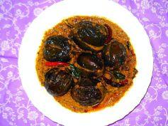 Spicy Baingan Musallam Recipe