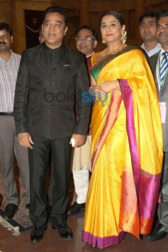 Vidya Balan and Kamal Haasan stuns during award function