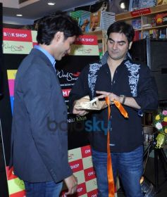 Arbaaz Khan launches Vickrant Mahajan Book