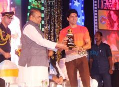 Farhan Akhtar at Dadasaheb Phalke Awards