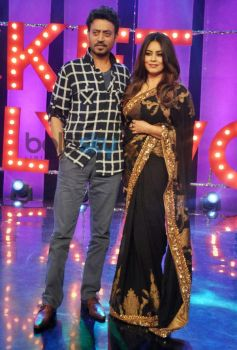 Irrfan Khan and Mahima Chaudhry on the sets of Ticket to Bollywood