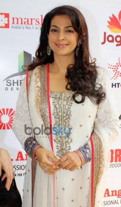 Juhi Chawla at Dadasaheb Phalke Awards