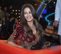 Mahima Chaudhry at the sets of Ticket to Bollywood
