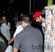 Ranbir Kapoor snapped at Restaurent in Bandra
