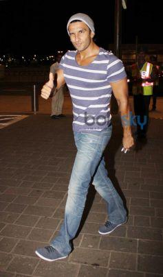 Ranveer Singh leaves for Dil Dhadakne Do Shooting