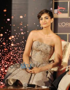 Sonam Kapoor unveil LOreal Paris makeup collection