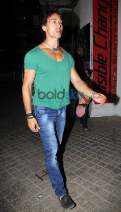 Tiger Shroff snapped at juhu pvr