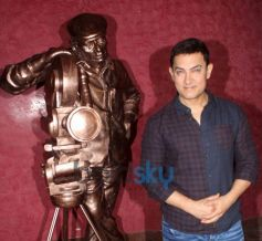 Aamir Khan at Tv Premier of Lagaan