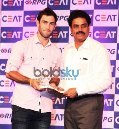Celebs at CEAT Cricket Ratings Awards 2014