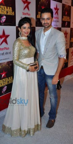 Celebs stuns at Star Parivar Awards