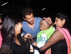 Hrithik Roshan with Family snapped at Nido