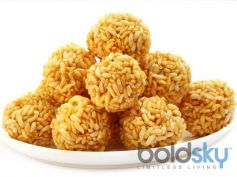 Mouthwatering Mumura Laddu Recipe