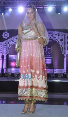Neha Dhupia stuns at Indian Wedding Couture Show