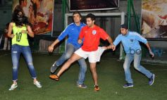 Ranbir plays football to promote film Lekar Hum Deewana Dil