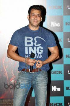 Salman Khan during launch Jumme Ki Raat song of Kick