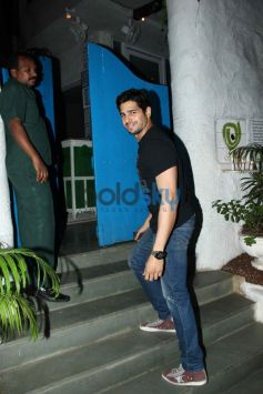 Siddharth Malhotra Birthday wish to Sonakshi