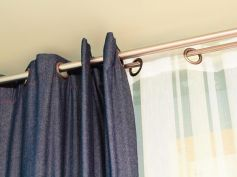 Steps To Wash & Clean Your Room Curtains