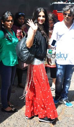 Sunny Leone spotted at Filmistan Studio