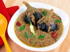 Tamil Style Brinjal Curry