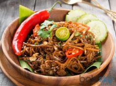 Yummy Schezwan Chicken Noodles Recipe