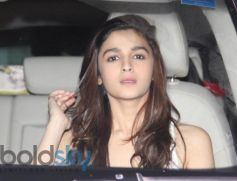 Alia Bhatt snapped at Karan Johar House