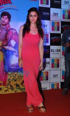 Alia Bhatt stuns at R City Mall during Promotion