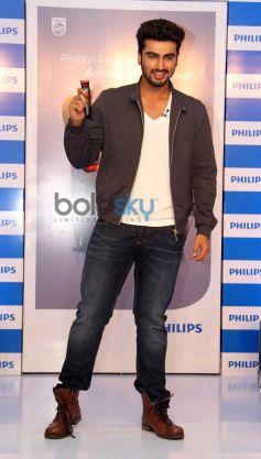Arjun Kapoor Endorse Philips India Male Grooming Range
