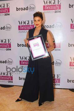 Celebs stuns at Vogue Beauty Awards