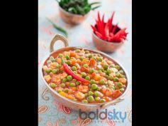 Green Peas & Tomato Sabji