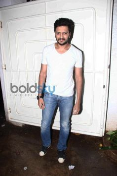 Riteish Deshmukh family at special screening of Lai Bhaari