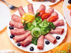 Salami Lettuce Wraps