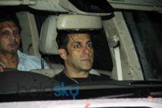 Salman Khan Spotted at Himesh Reshammiya Office