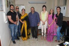 Mudasir Ali, Salim Asgarally, Principal Jagmeet Madan, Lesle Lewis, Divya Khosla Kumar, Archana Jain