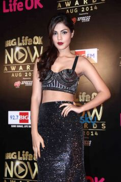 Rhea Chakraborty at Life ok Awards 2014