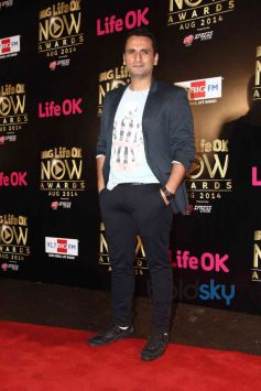 View Photos of Television Life ok Awards 2014.