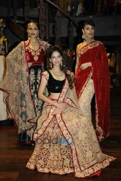 Candice, Amruta and Dipti in Shyamal & Bhumika