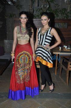 roshni chopra with her muse shweta bhardwaj
