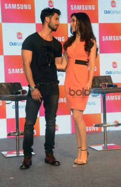 Shahid Kapoor, Shraddha Kapoor At Club Samsung App Launch