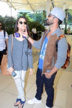 Shahid And Shraddha Snapped At Airport