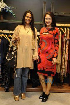 Sheena Sippy Rashmi Nigam in Ritu Kumar LABEL