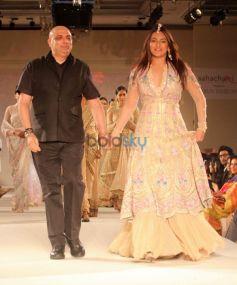 Tarun Tahiliani And Sonakshi Sinha