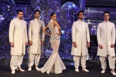 Manav Gangwanis Couture Show