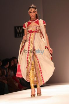 Wills India Fashion Week 2015 - Poonam Dubey