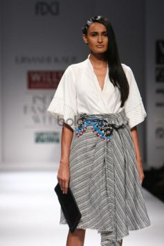 Wills India Fashion Week 2015 - Urvashi Kaur
