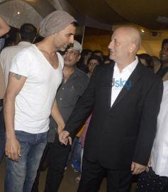 Akshay Kumar And Anupam Kher