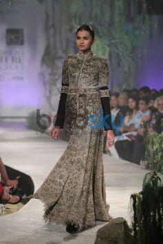 Designer Corner - Anamika Khanna