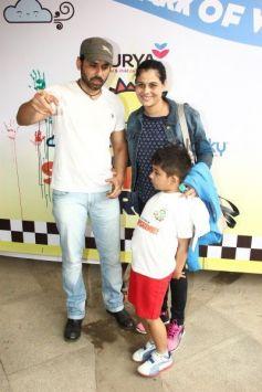 Govinda And Shaan At Surya Sunshine Walkathon