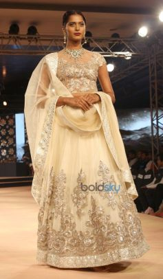 Neeta Lulla  Show at Blenders Pride Fashion Tour 2014
